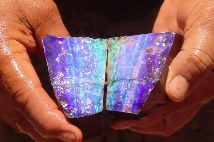 Опал: магические и целебные свойства камня